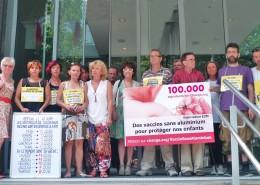 Dépôt de notre pétition (100 000 signatures) en 2013