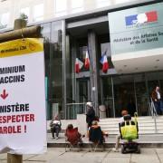 Mobilisation devant le Ministère de la santé (2013)